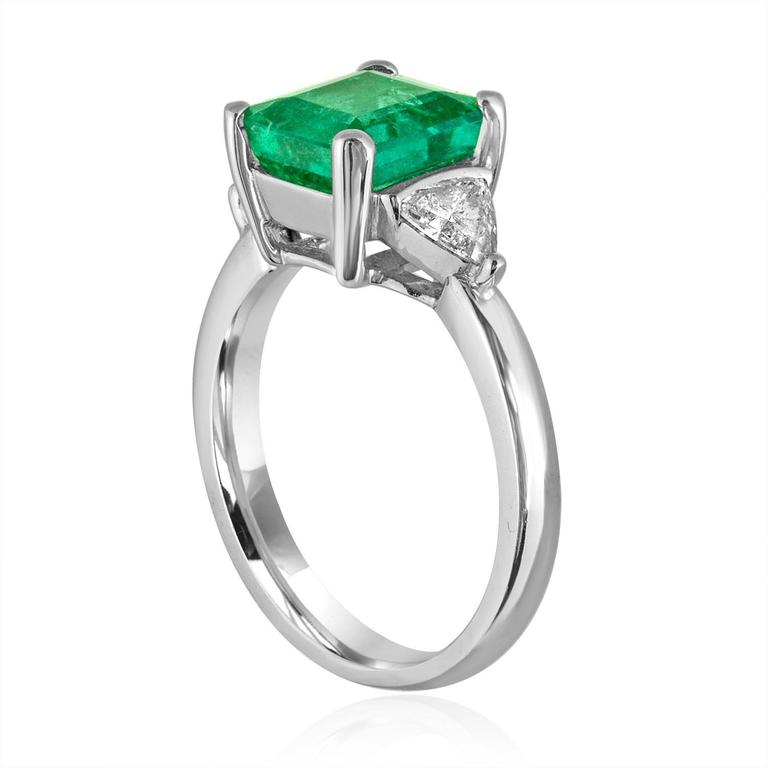 agl certified 2 40 carat emerald gold ring at 1stdibs