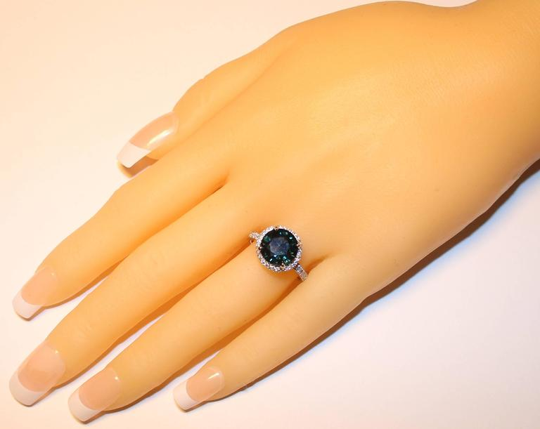 Contemporary Certified No Heat 4.98 Carats Round Greenish Blue Sapphire Diamond Ring For Sale