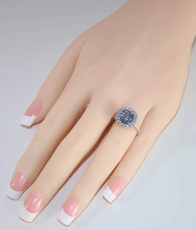 Cushion Cut AGL Certified 3.97 Carat No Heat Cushion Blue Violet Sapphire Diamond Gold Ring For Sale