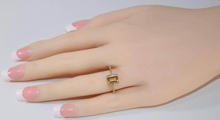Contemporary 0.81 Carat Step Cut Citrine and Diamond Gold Ring For Sale