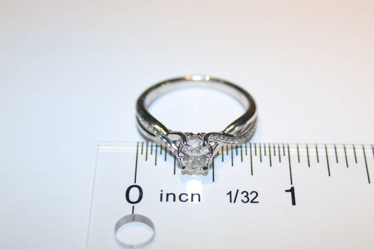 0.52 Carat Diamond Gold Oval Engagement Ring In New Condition In New York, NY