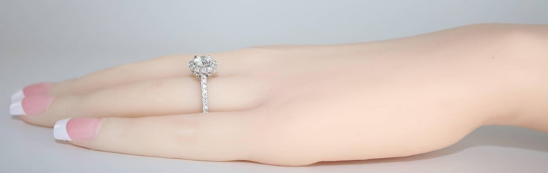 GIA Certified 0.80 Carat E VVS1 Round Diamond Gold Milgrain Engagement Ring In New Condition For Sale In New York, NY