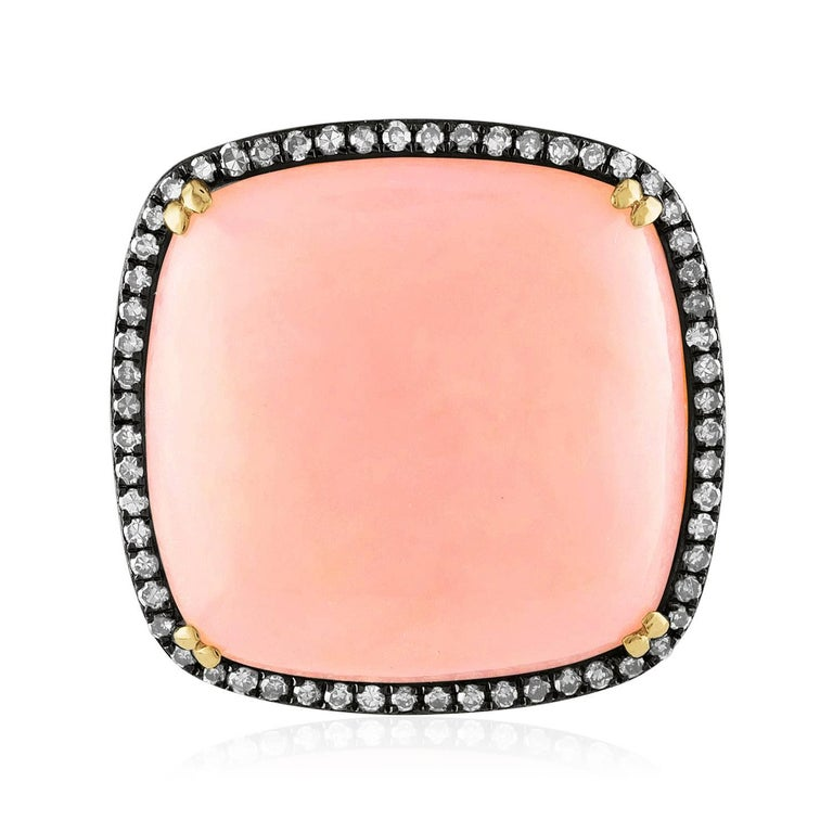 Contemporary 17.00 Carat Pink Opal and Diamonds Gold Statement Ring For Sale