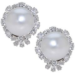 Van Cleef & Arpels South Sea Pearl Diamond Platinum Earrings