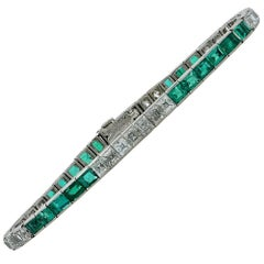 1950s Tiffany & Co. Diamond Emerald Platinum Line Bracelet