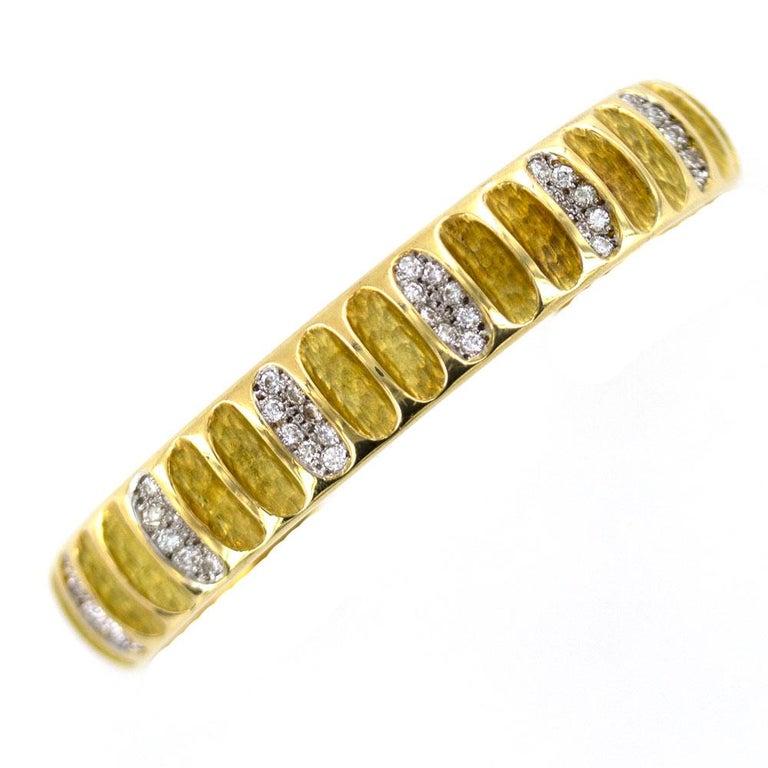 Diamond Ribbed 18 Karat Yellow Gold Cuff Bracelet