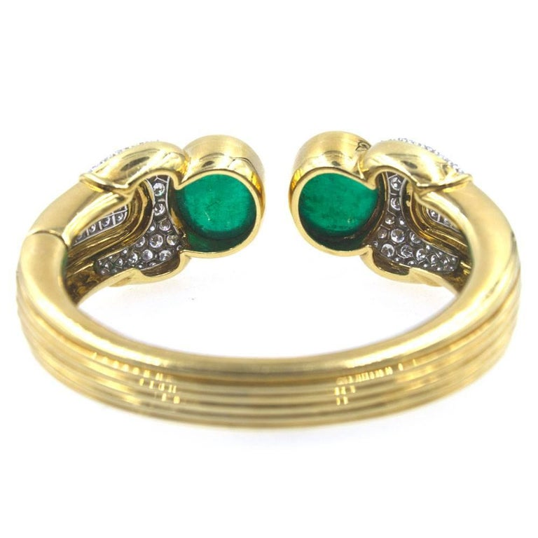 1970s Cabochon Emerald Diamond Cuff Bracelet In Excellent Condition For Sale In Boca Raton, FL