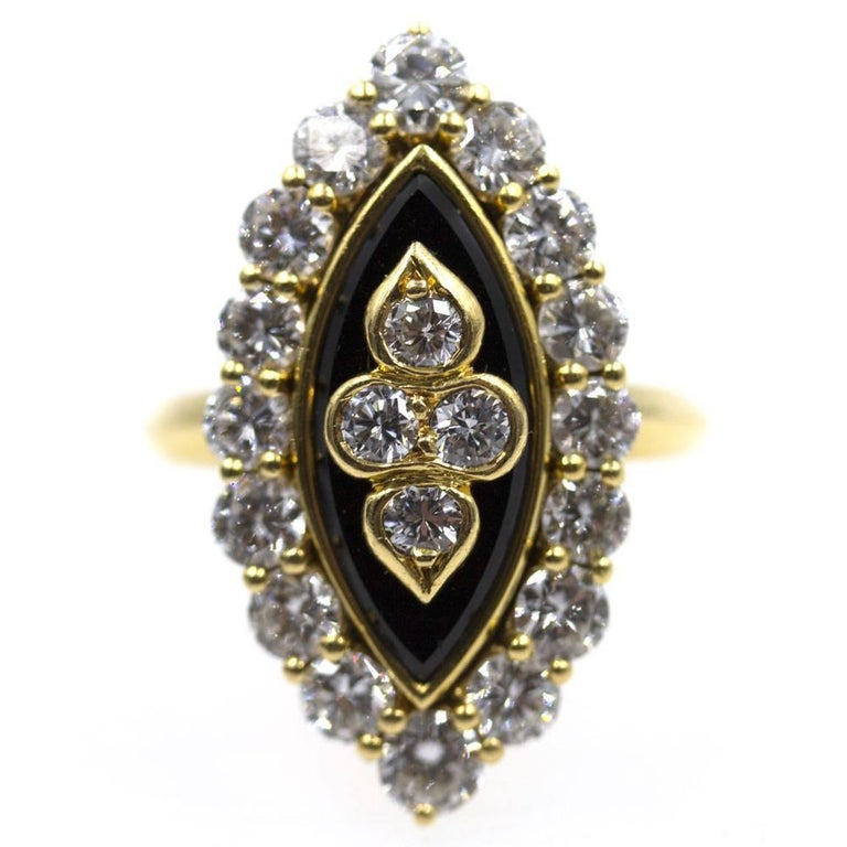 Van Cleef & Arpels Diamond Onyx Vintage Ring In Excellent Condition For Sale In Boca Raton, FL