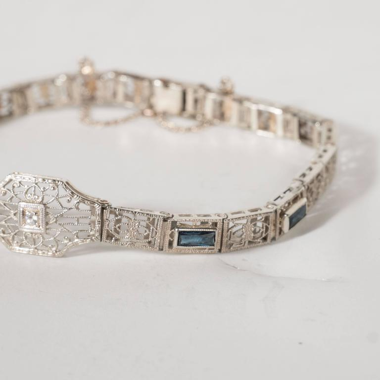 Elegant Art Deco Diamond Bracelet in Filigreed White Gold 3
