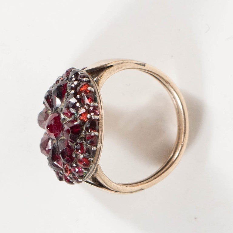 Antique Bohemian Garnet Silver Gold Starburst Design Cluster Ring In Excellent Condition For Sale In New York, NY
