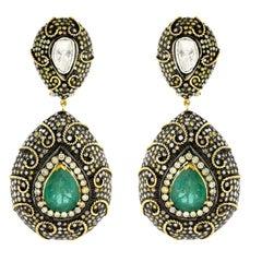 Royal Looking Emerald Diamond Gold Earrings