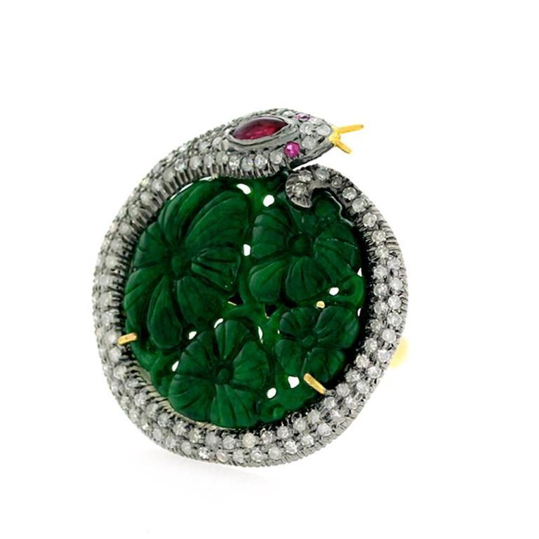 Modern Jade Diamond Gold Snake Motif Ring For Sale