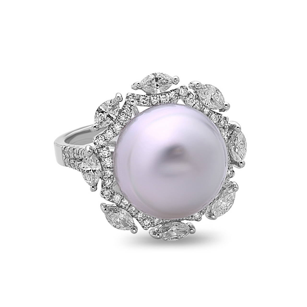 Contemporary Beautiful South Sea Pearl Diamond Gold Cocktail Ring For Sale
