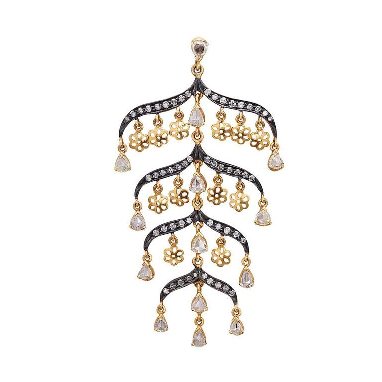 Victorian Looking Gorgeous Diamond Gold Earrings In New Condition For Sale In New York, NY