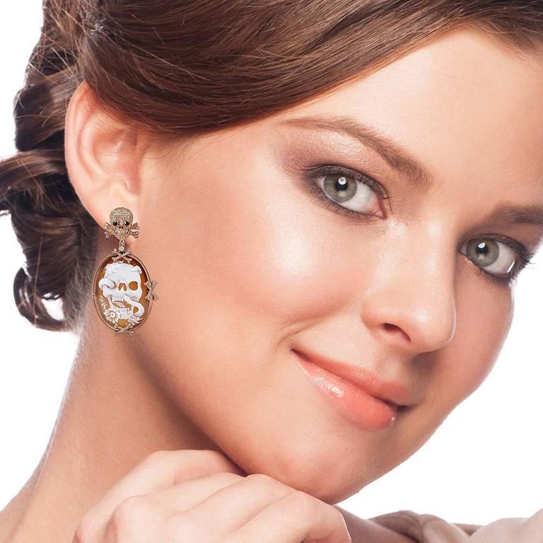 Skull Cameo Diamond Gold Earrings  3