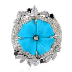 Pretty Turquoise Flower Ring with Diamonds & White Sapphire around in 18K Gold