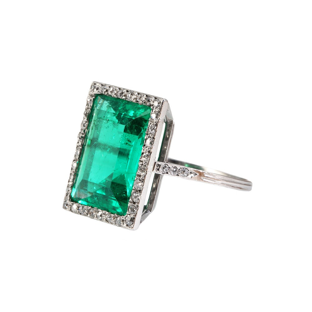 Edwardian Emerald Diamond Platinum Ring 4