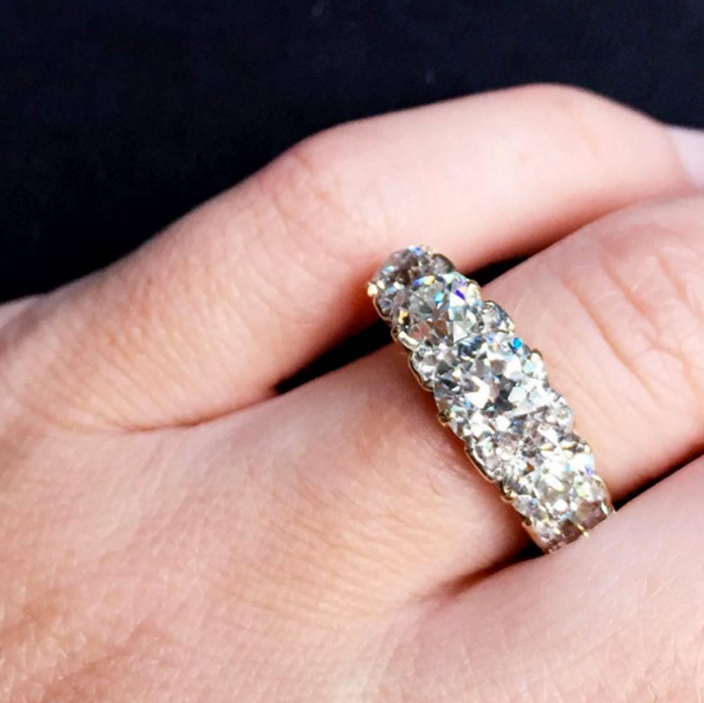 Late Victorian Five Stone Diamond Enagement Ring For Sale at 1stdibs