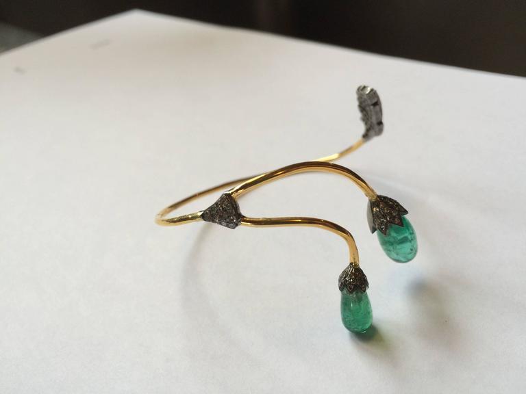 Women's Tumbled Emerald, Pavé Diamond and 18 Karat Gold Wrap Bracelet For Sale