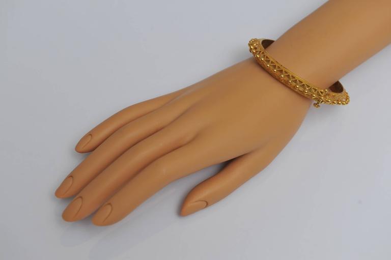 Women's 22K Gold Bangle Bracelet with Fine Granulation Work circa 1970s Etruscan Revival For Sale