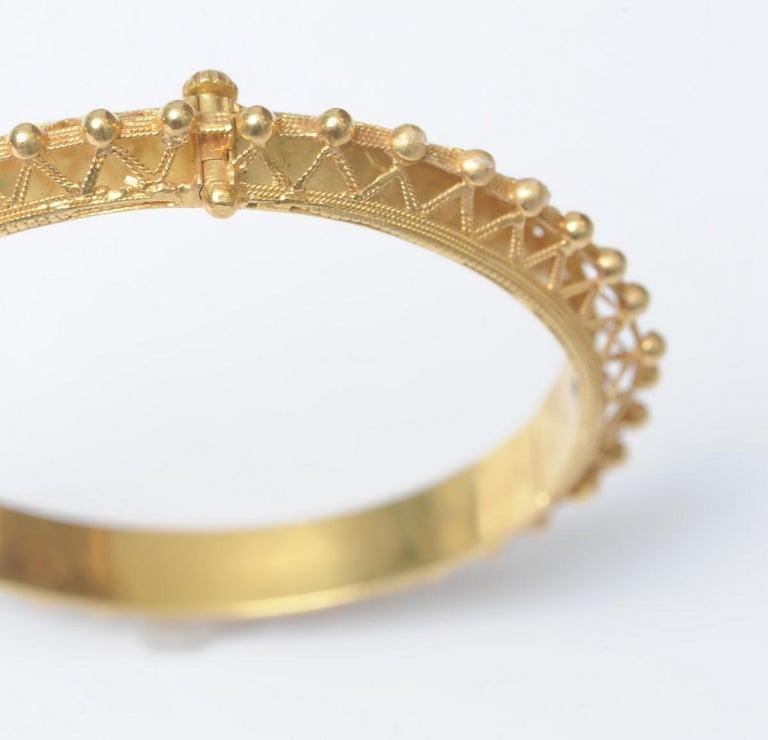 22K Gold Bangle Bracelet with Fine Granulation Work circa 1970s Etruscan Revival For Sale 2