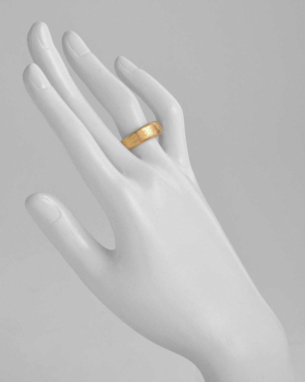 Yossi Harari Hammered Gold Band Ring 2