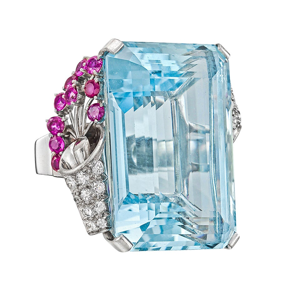 1940s 58.00 Carat Aquamarine Cocktail Ring For Sale