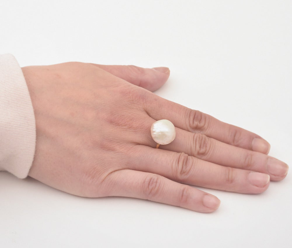 Tiffany & Co. Natural Freshwater Pearl Ring In Excellent Condition For Sale In Greenwich, CT