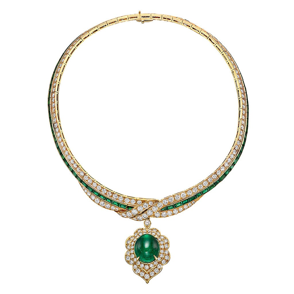 cleef and arpels emerald gold pendant necklace