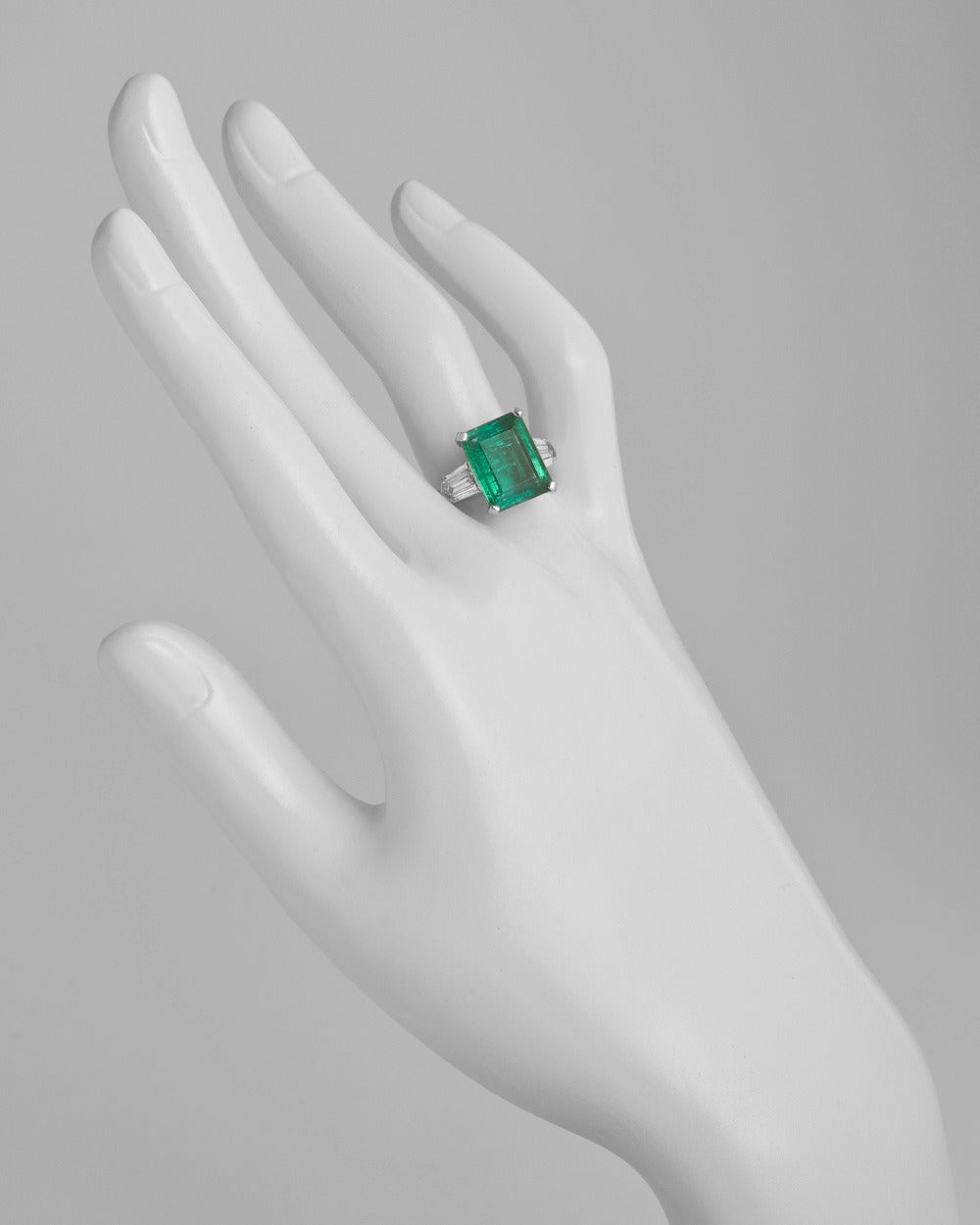 5.00 Carat Colombian Emerald Diamond Ring 2