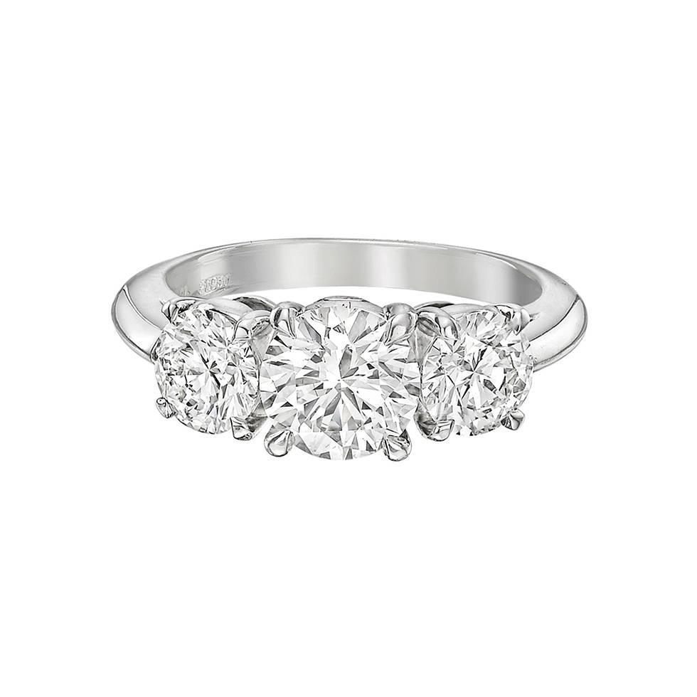 Tiffany and Co 1 01 Carat Round Brilliant Diamond Platinum Engagement Ring F