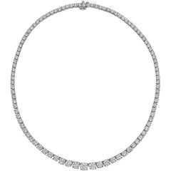 Graduated Round Brilliant Diamond Line Necklace