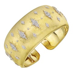 Buccellati  Diamond Star Gold Cuff Bracelet