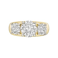 Round Brilliant Diamond Three-Stone Ring