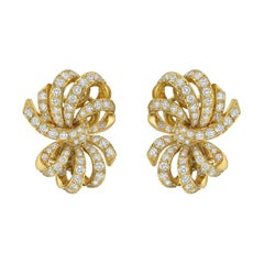 Van Cleef & Arpels Diamond Yellow Gold Bow Earclips