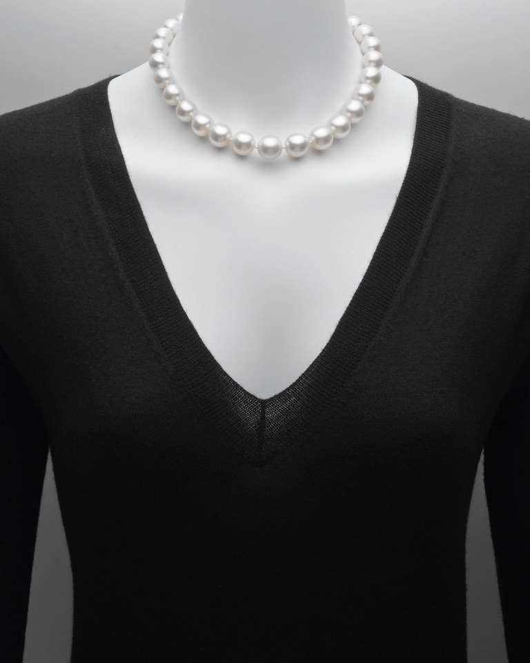 South Sea Pearl Gold Clasp Necklace 2