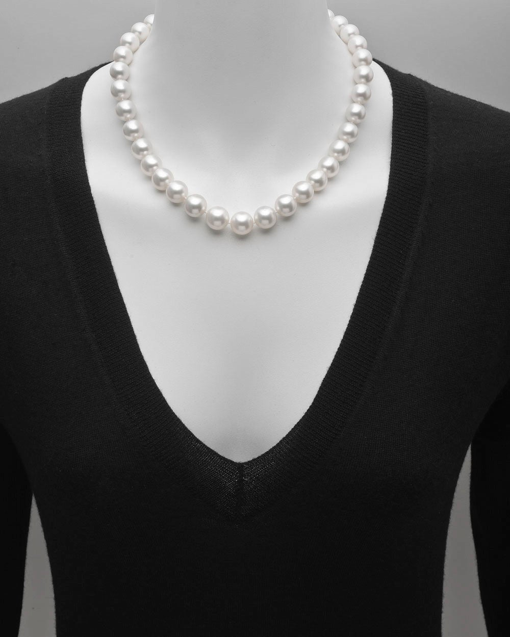 South Sea Pearl Necklace with Diamond Clasp 2
