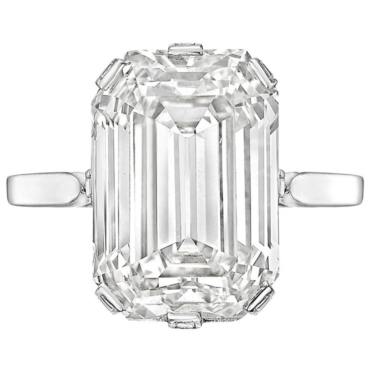 8 40 Carat Emerald Cut Diamond Solitaire Engagement Ring For Sale at 1stdibs