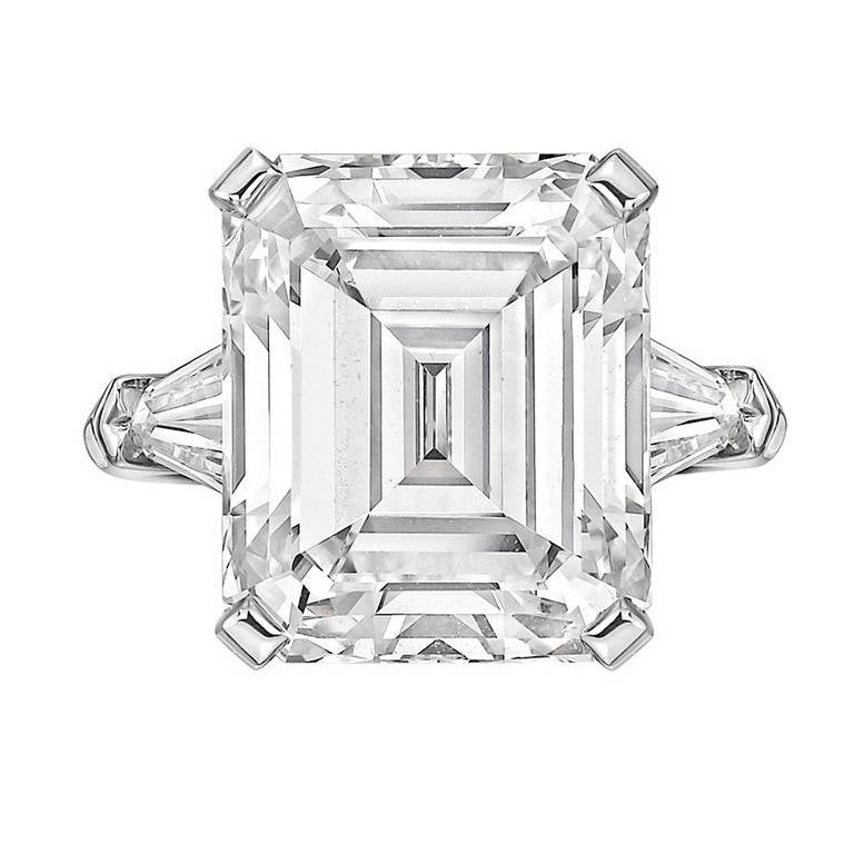 9.47 Carat Emerald-Cut Diamond Engagement Ring For Sale
