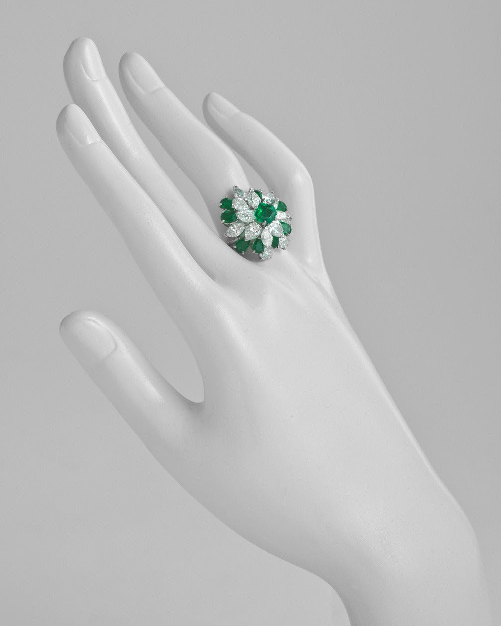Oscar Heyman Emerald Diamond Cluster Ring 2
