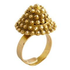1970s Gold Pyramid Ring