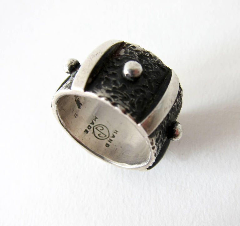 James Parker Sterling Silver San Diego Modernist Studded Ring In Excellent Condition For Sale In Los Angeles, CA