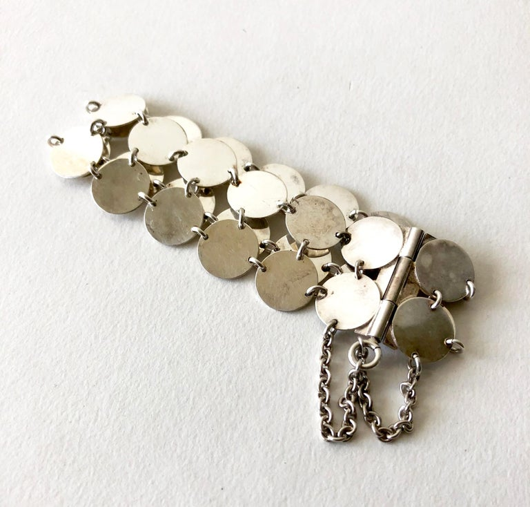 Rare Kalevala Koru Sterling Silver Finnish Modernist Chain Maille Bracelet, 1968 In Excellent Condition For Sale In Los Angeles, CA