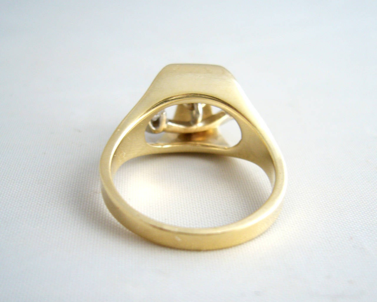 Gold Diamond Kinetic Modernist Ring For Sale 1
