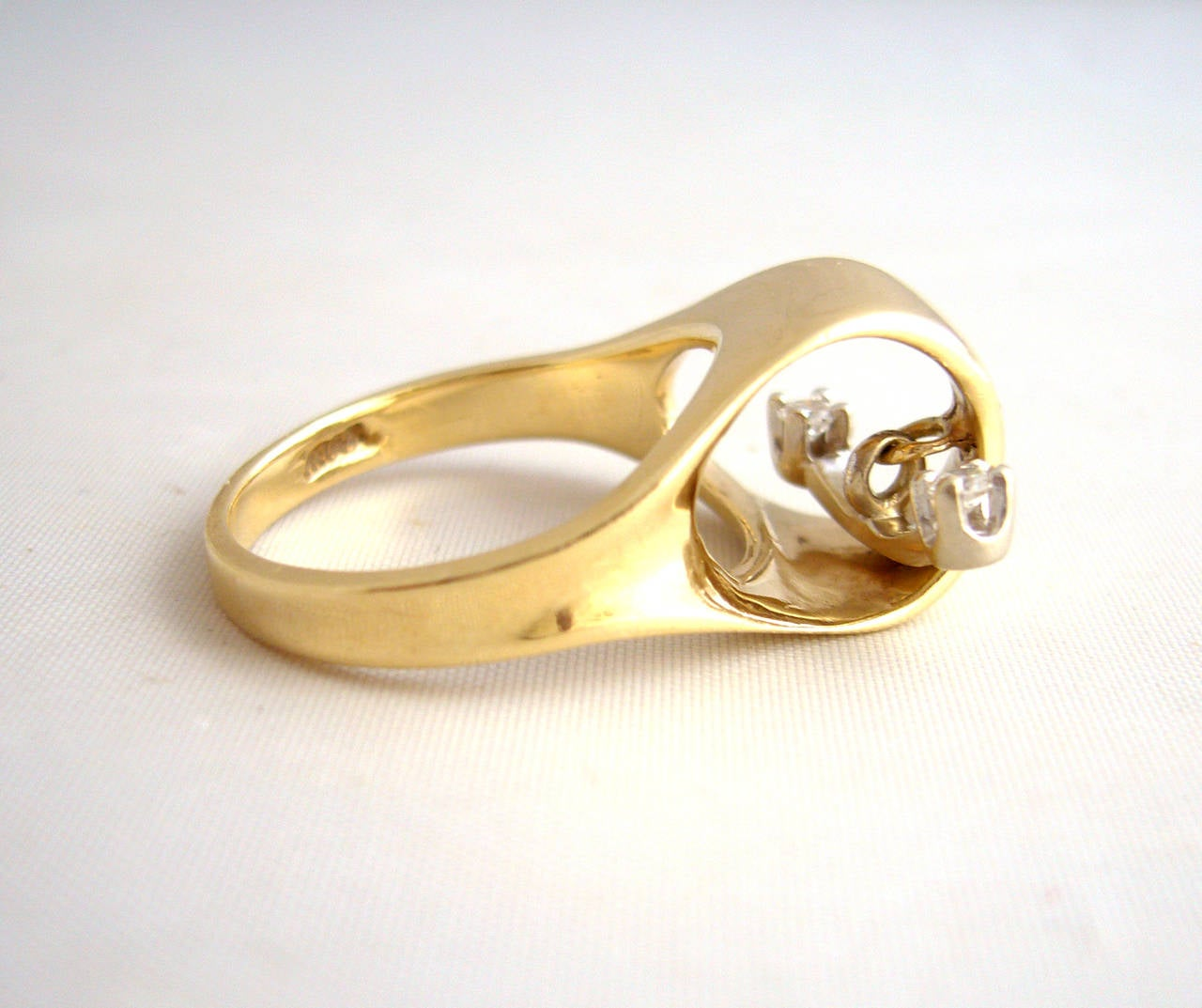 Women's Gold Diamond Kinetic Modernist Ring For Sale