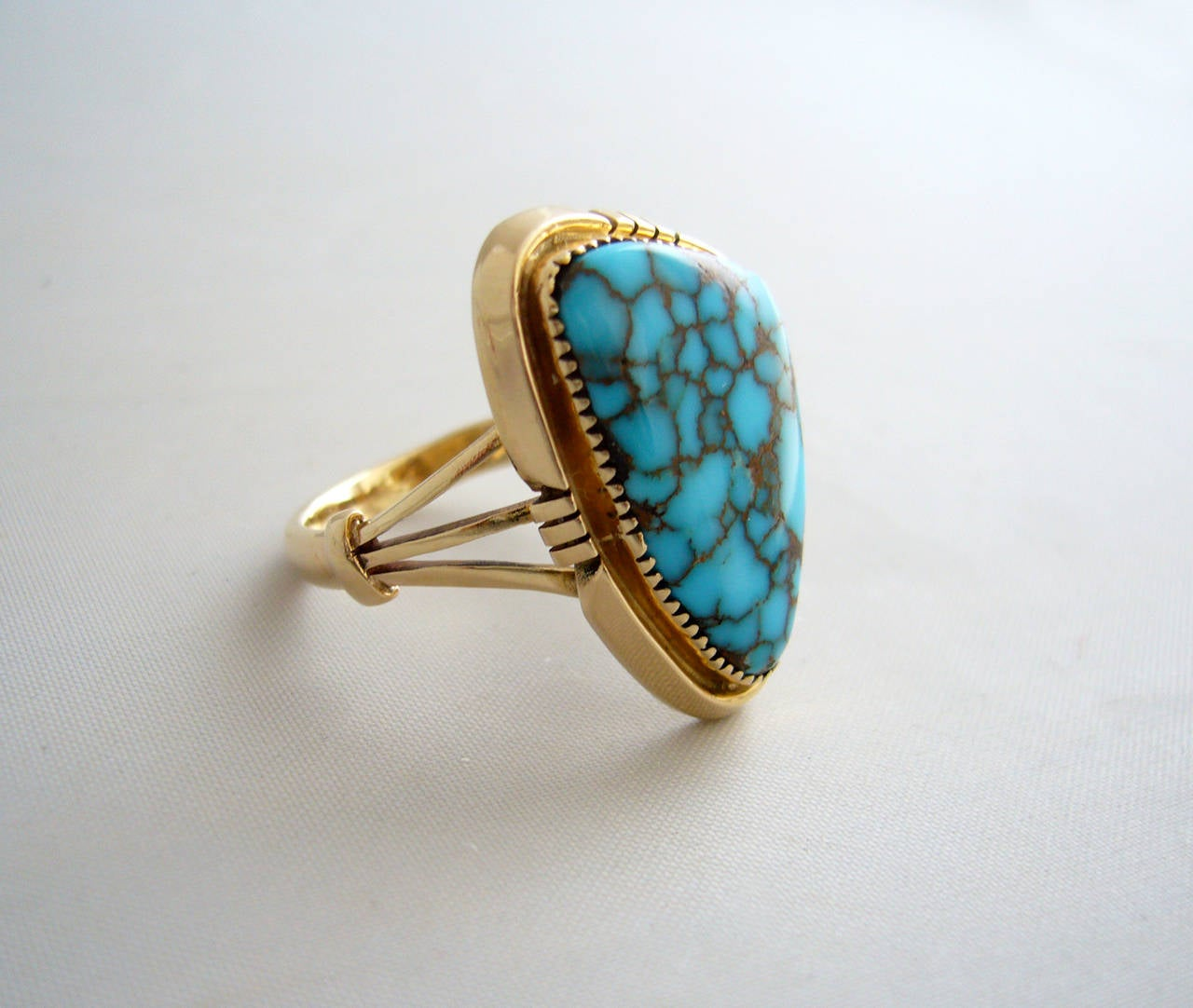 Women's Blue Mountain Turquoise Gold Native American Ring For Sale