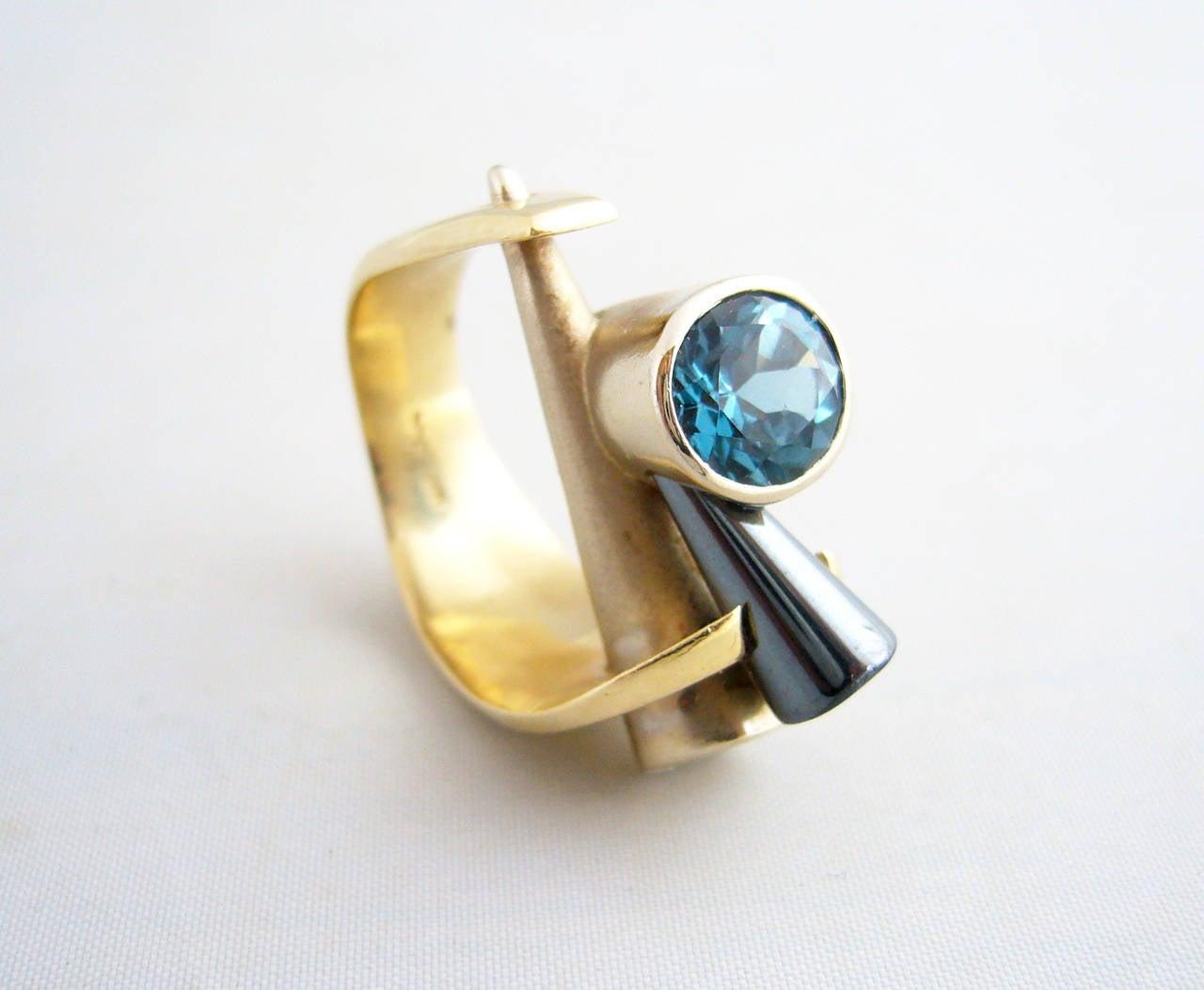 Tanzanite Gold Post Modernist Cocktail Ring 3