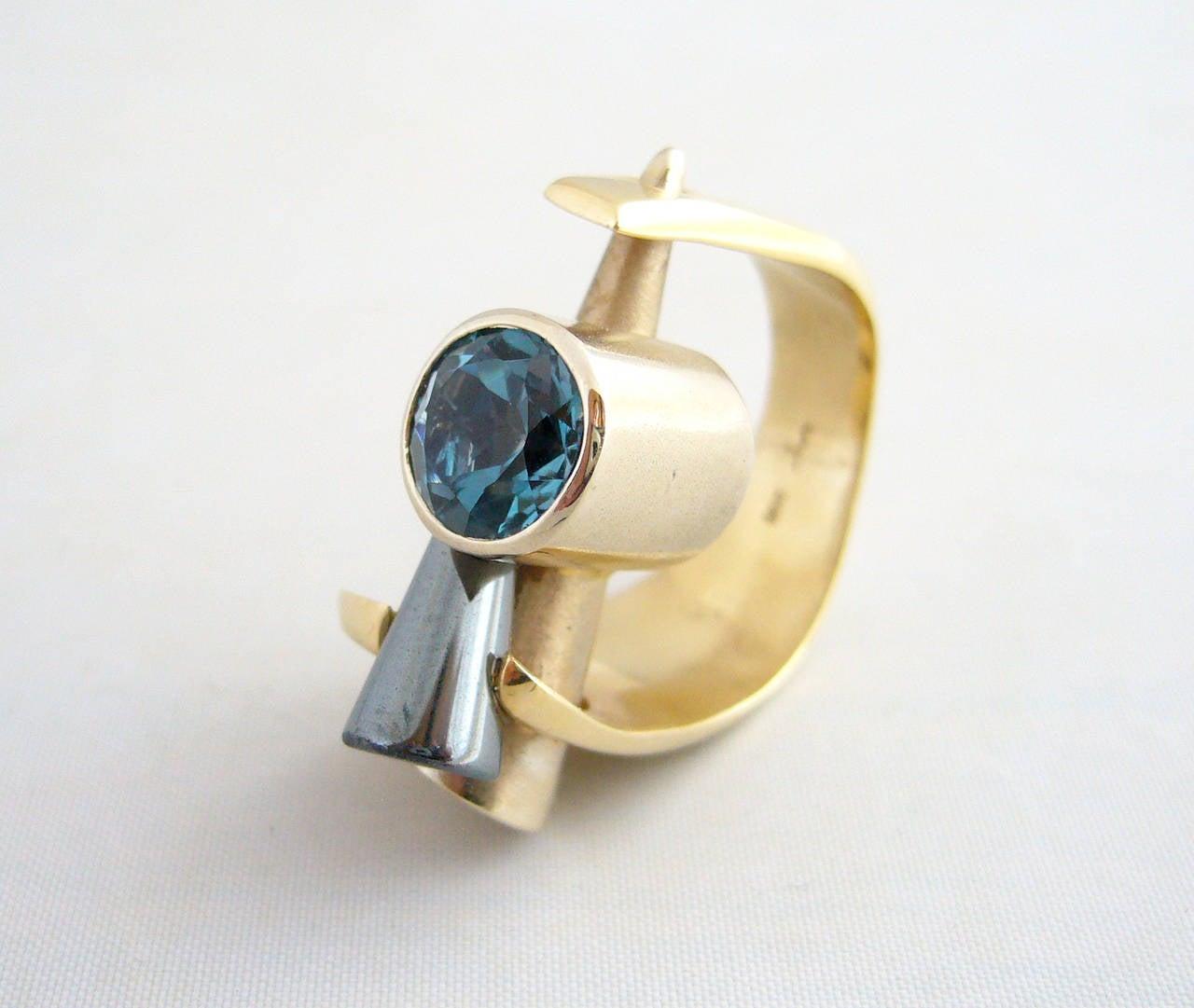 Tanzanite Gold Post Modernist Cocktail Ring 2