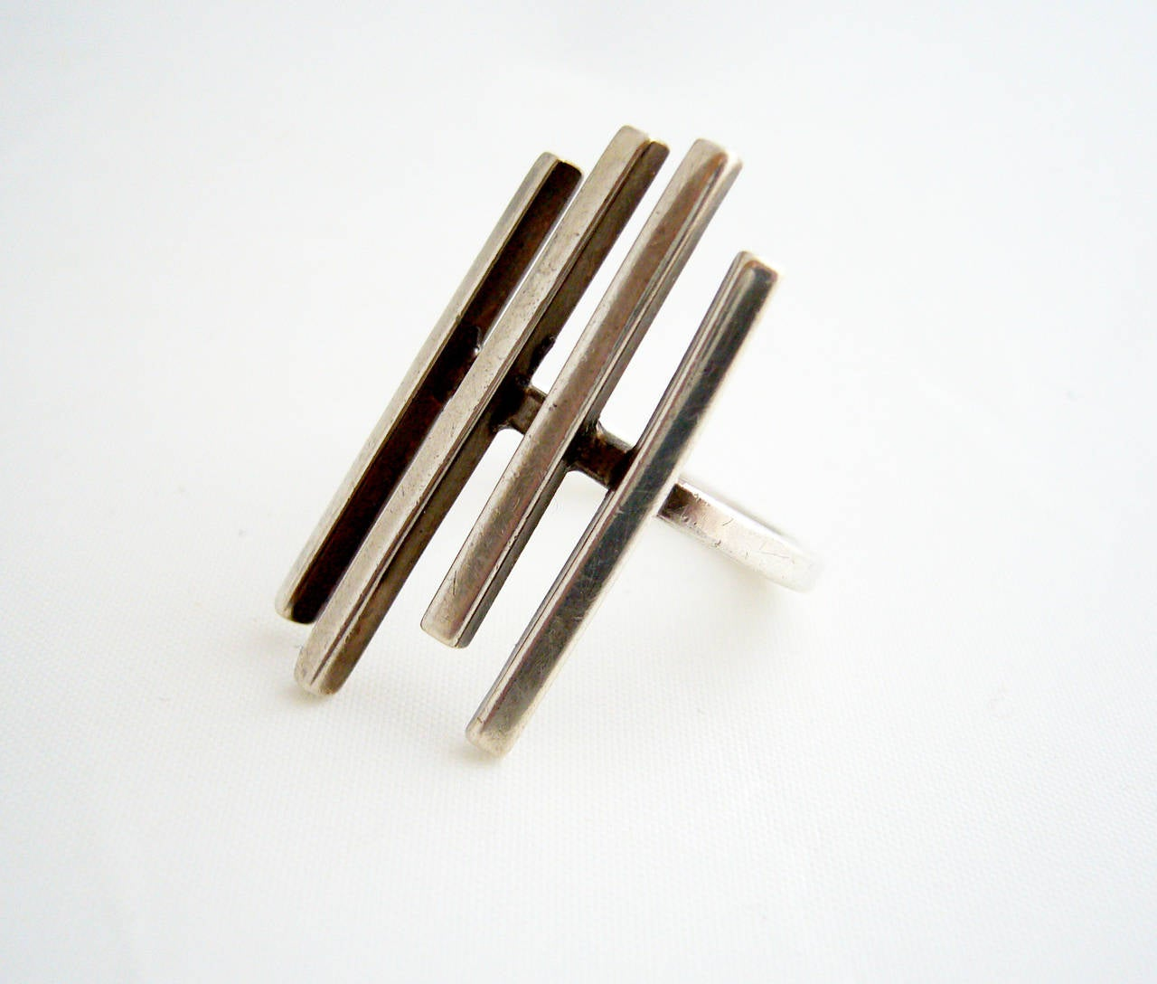 Betty Cooke Sterling Silver Minimalist Sticks Ring In Good Condition For Sale In Los Angeles, CA