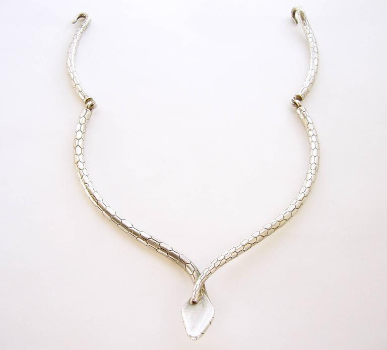 Women's José Maria Puig Doria Sterling Silver Snake Necklace For Sale